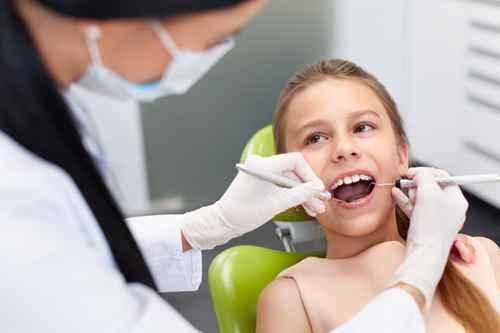 Kindgerechte und einfühlsame Behandlung beim Zahnarzt ALL DENTE in Kamen.