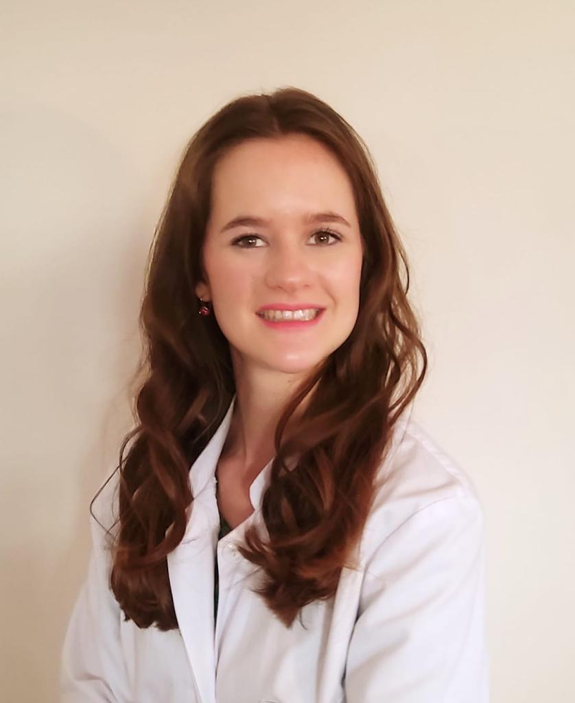 Louisa Nienhaus ist Zahnärztin bei ALL DENTE.